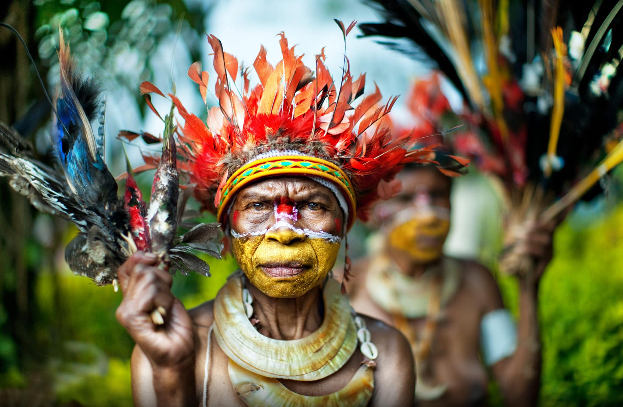Голые племена видео  Эротикаорг